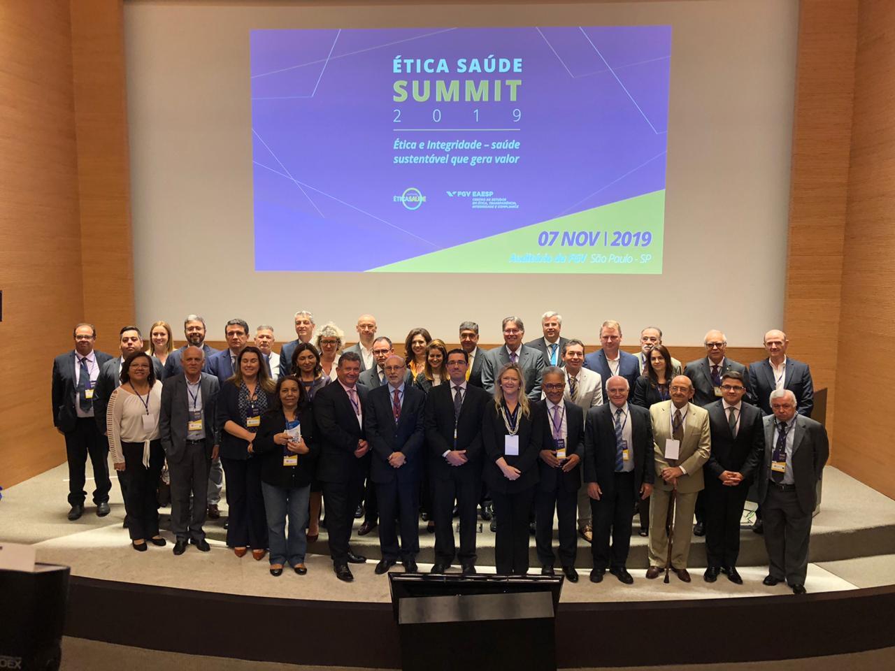 Em summit sobre ética, Abramed defende educação médica e papel das associações no fomento a políticas de integridade